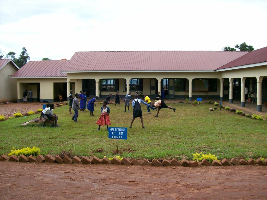 New 5 classroom building + 2 new rooms